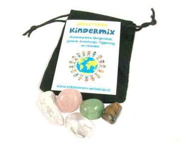 Kindermix edelstenen 5 soorten met fluwelen buidel