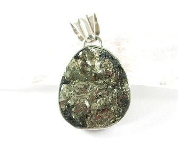 Pyriet hanger in zilver
