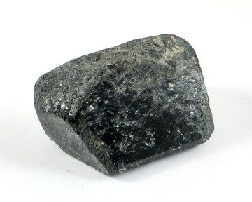 Zwarte Toermalijn ruw 111 gram