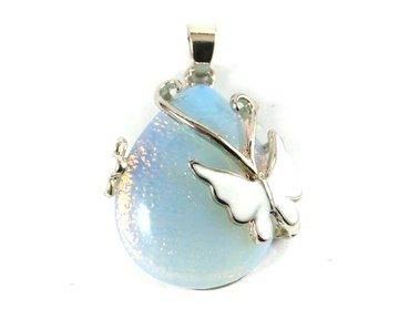 Opaliet hanger met vlinder